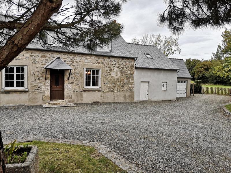 Maison en pierre de 105  m2 - Pommerit-le-Vicomte (22200)