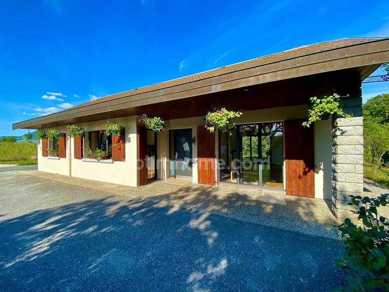Maison de 125  m2 - Clarafond-Arcine (74270)