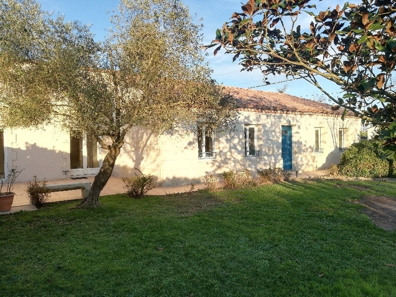 Maison plain-pied de 140  m2 - Saint-Loubès (33450)