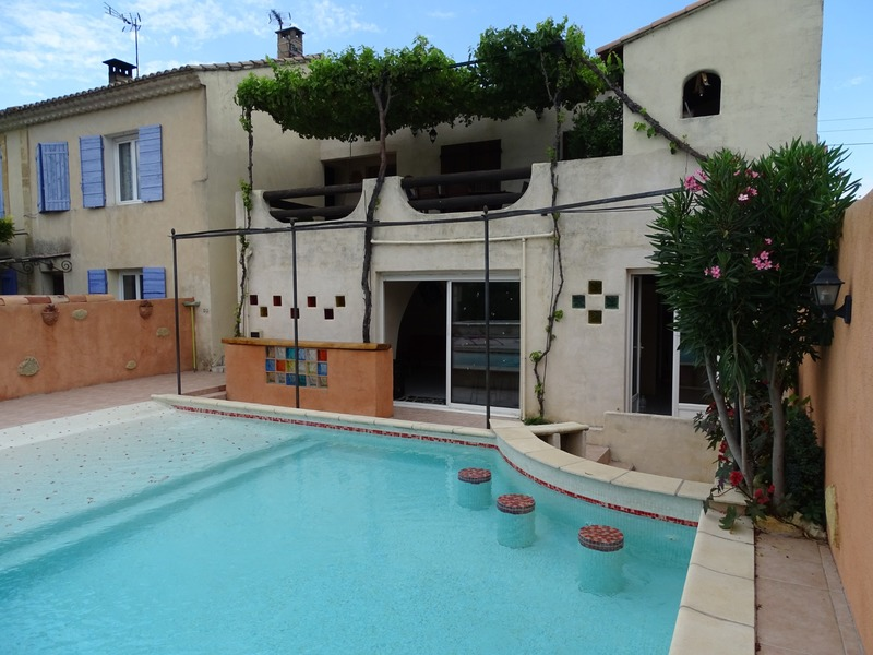 Appartement de 146  m2 - Salon-de-Provence (13300)