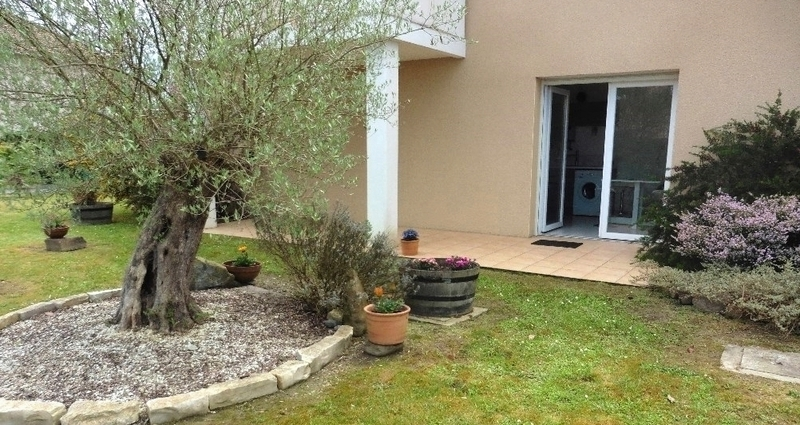 Appartement en rez-de-jardin de 39  m2 - Lescar (64230)