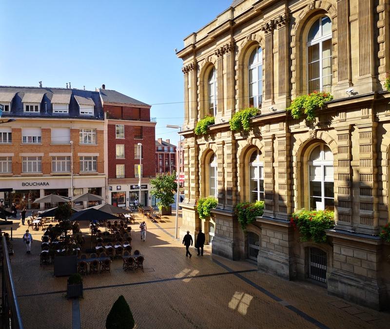 Appartement bourgeois de 124  m2 - Amiens (80000)