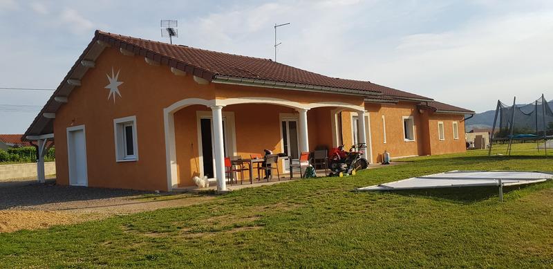 Maison plain-pied de 160  m2 - Chauffailles (71170)