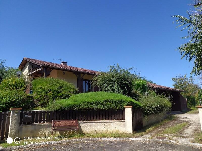 Villa d'architecte de 189  m2 - Cazaubon (32150)