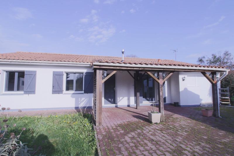 Maison individuelle de 114  m2 - Saint-Germain-du-Puch (33750)
