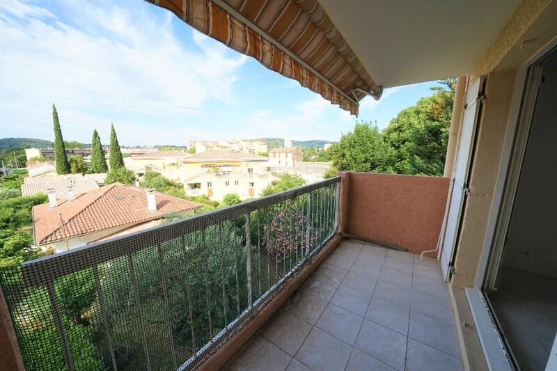 Appartement en résidence de 80  m2 - Draguignan (83300)