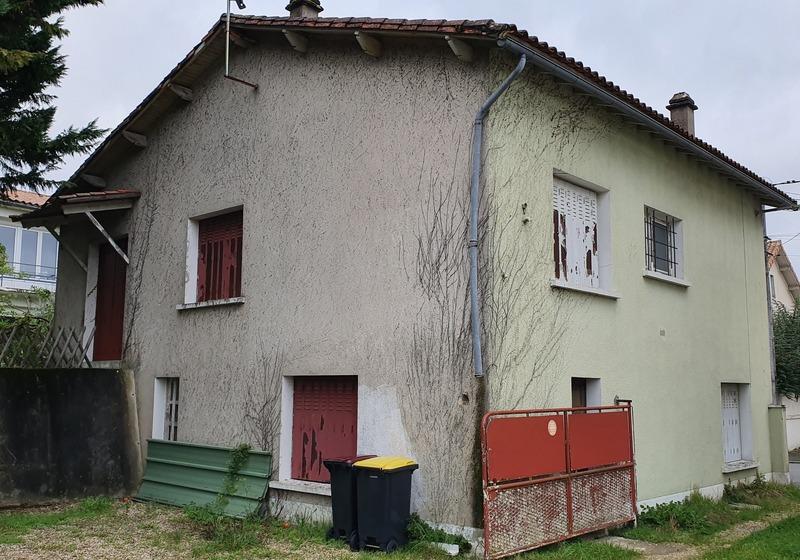 Maison à rénover de 150  m2 - Angoulême (16000)