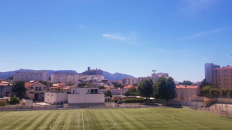 Appartement en résidence de 64  m2 - Marseille (13008)
