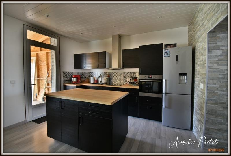 Maison de 110  m2 - Massiac (15500)