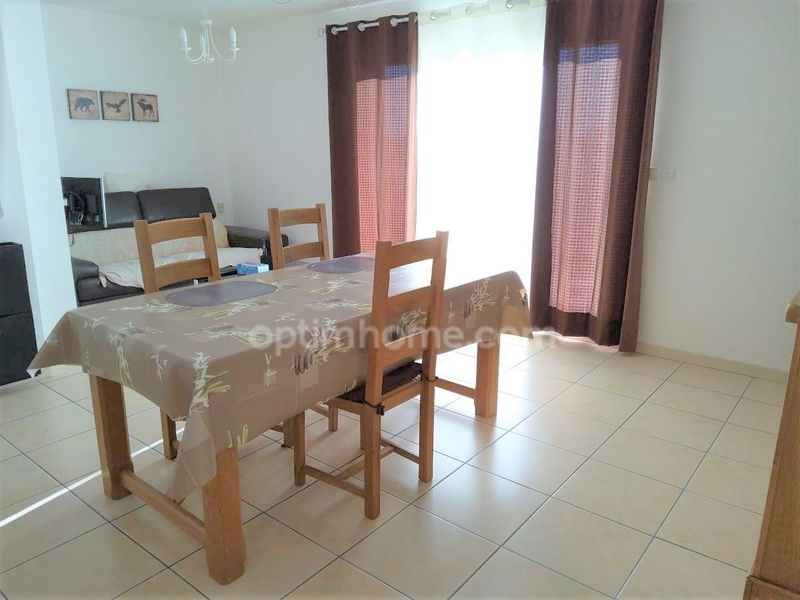 Appartement de 49  m2 - Miramas (13140)