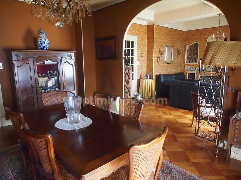 Appartement ancien de 155  m2 - Carcassonne (11000)