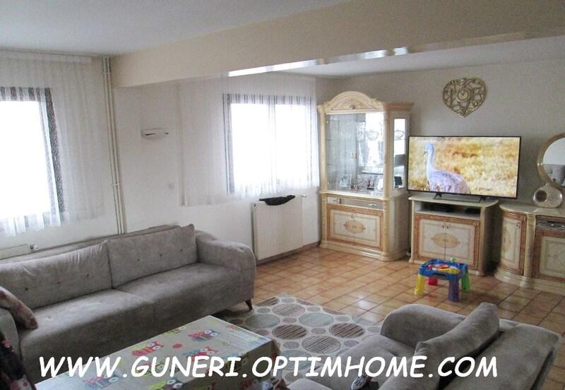 Maison de 190  m2 - Romainville (93230)