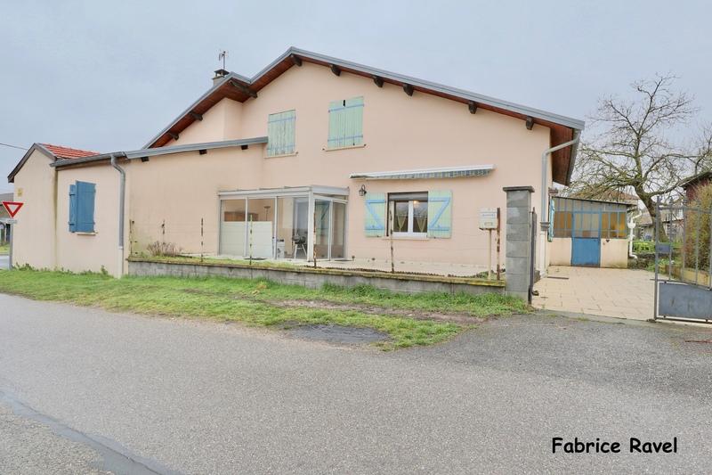 Maison de 200  m2 - Croismare (54300)