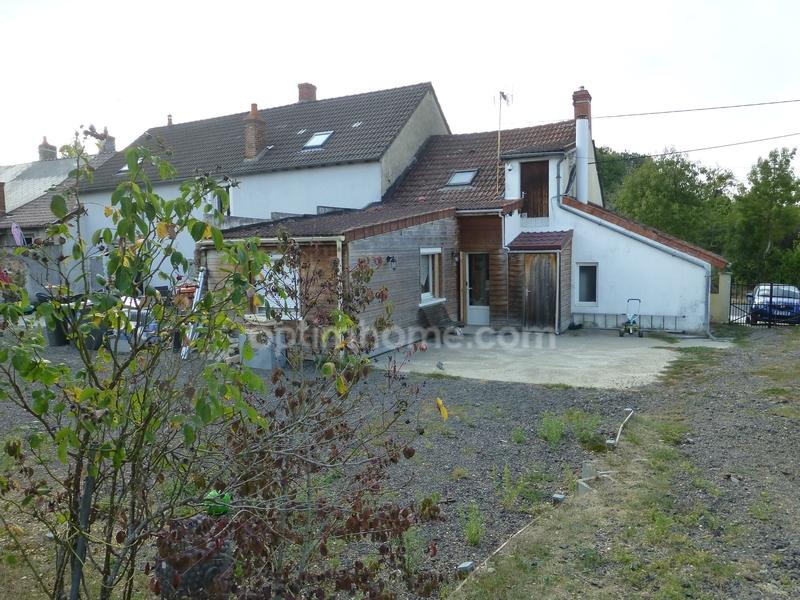 Maison de 185  m2 - Torteron (18320)