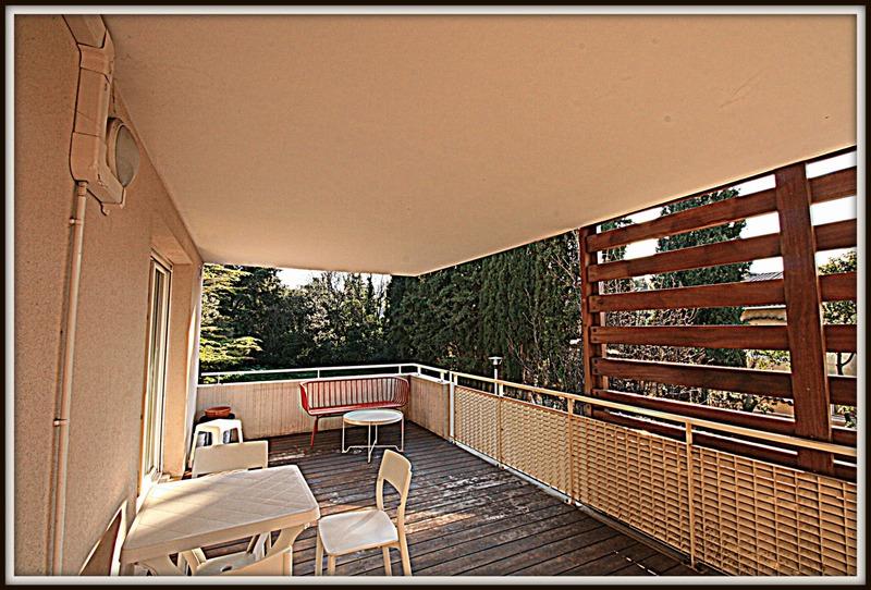 Appartement de 87  m2 - Marseille (13009)