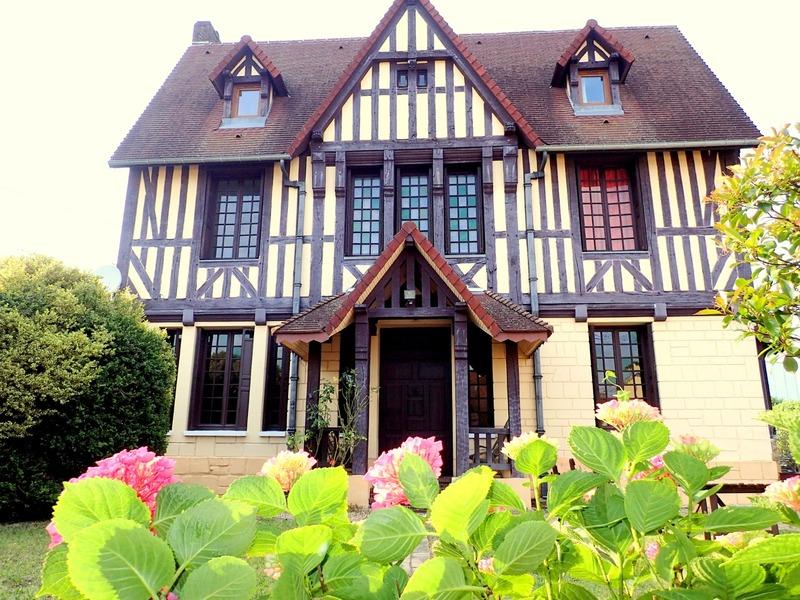 Maison de caractère de 280  m2 - Rouen (76000)