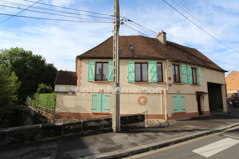 Maison de 176  m2 - Beauvais (60000)