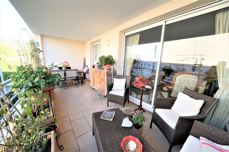 Appartement en résidence de 64  m2 - Draguignan (83300)