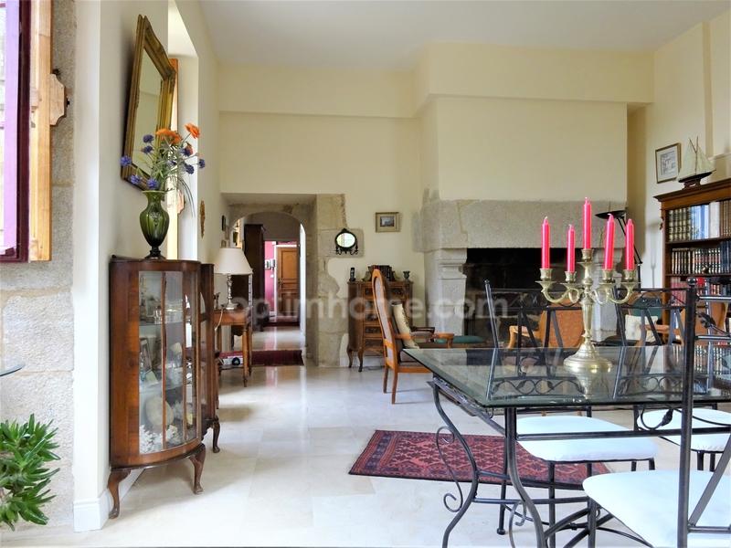 Appartement de 85  m2 - Quimper (29000)