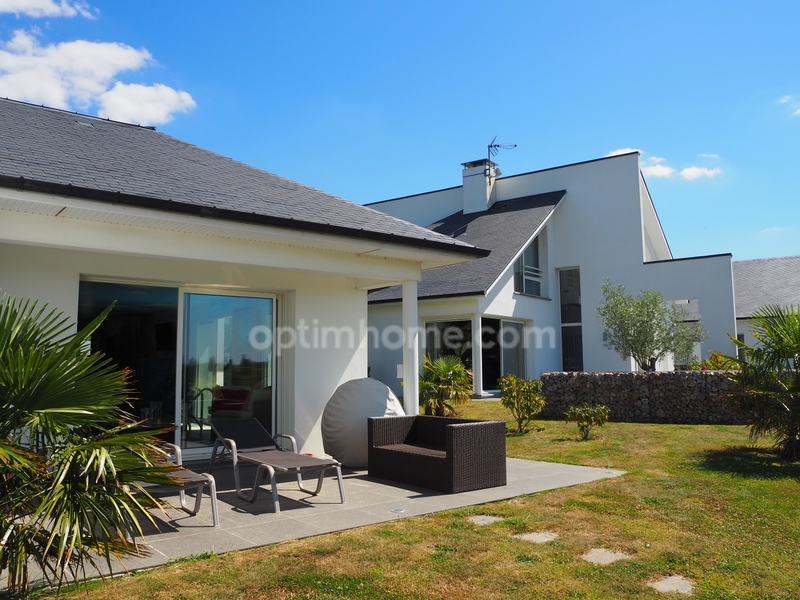 Maison contemporaine de 417  m2 - Octeville-sur-Mer (76930)