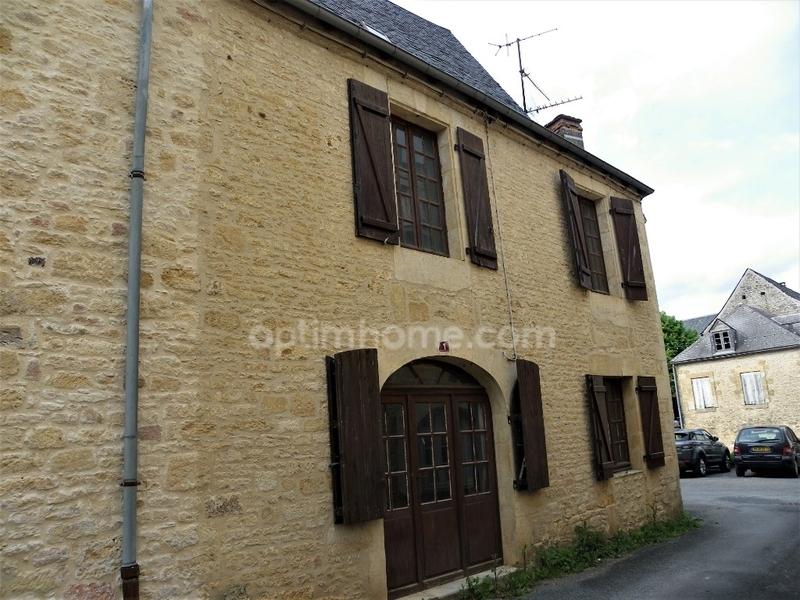 Maison de 100  m2 - Sarlat-la-Canéda (24200)