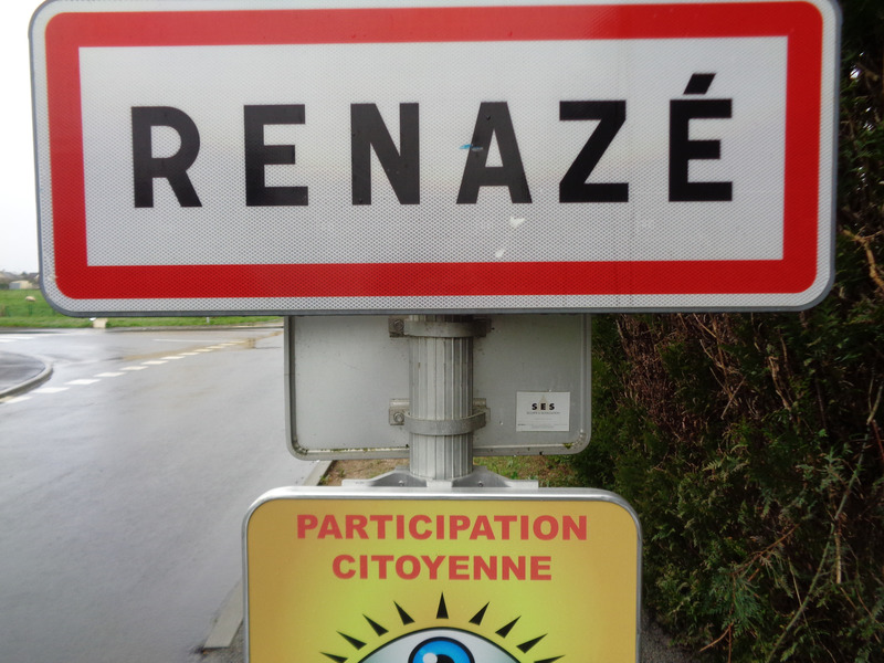 Terrain constructible de   m2 - Renazé (53800)