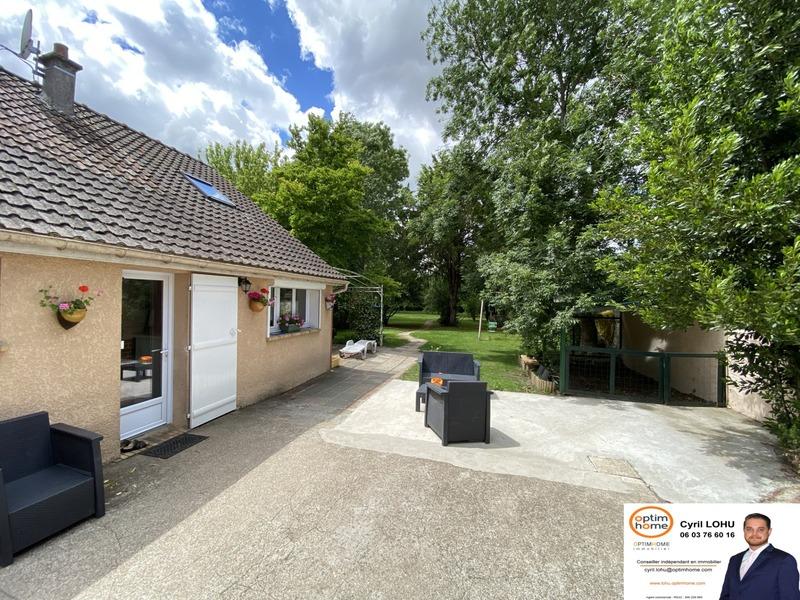 Maison de 250  m2 - Gallardon (28320)