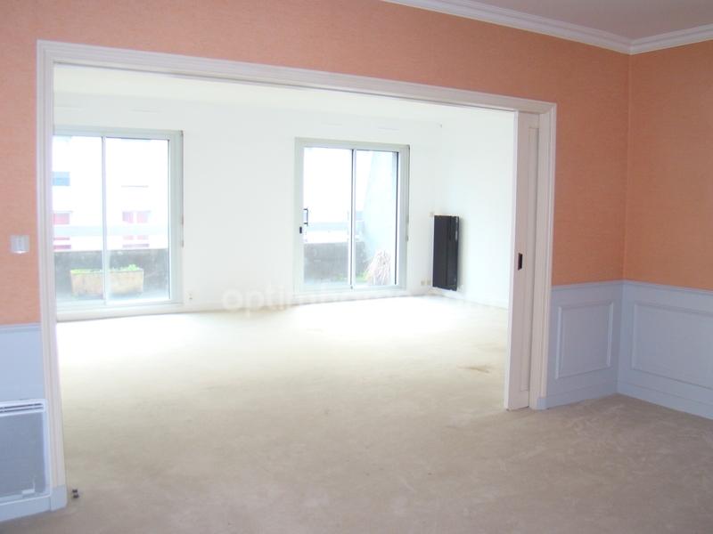 Appartement en résidence de 151  m2 - Limoges (87000)
