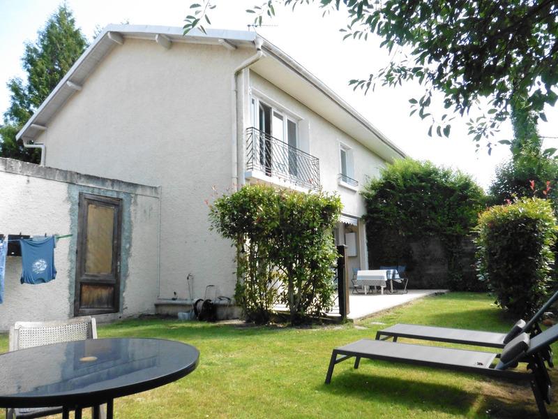 Maison rénovée de 100  m2 - Pau (64000)