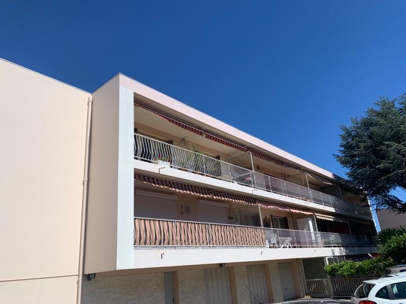Appartement de 82  m2 - Sanary-sur-Mer (83110)