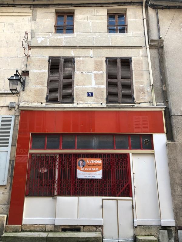 Immeuble de   m2 - Avallon (89200)