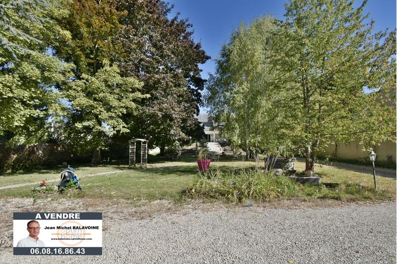 Maison contemporaine de 282  m2 - Gallardon (28320)