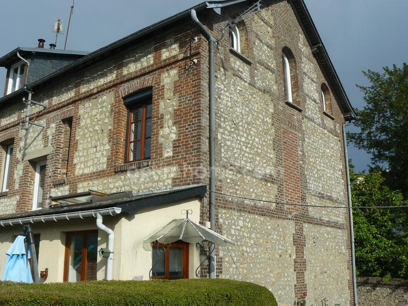 Maison rénovée de 71  m2 - Pont-Audemer (27500)
