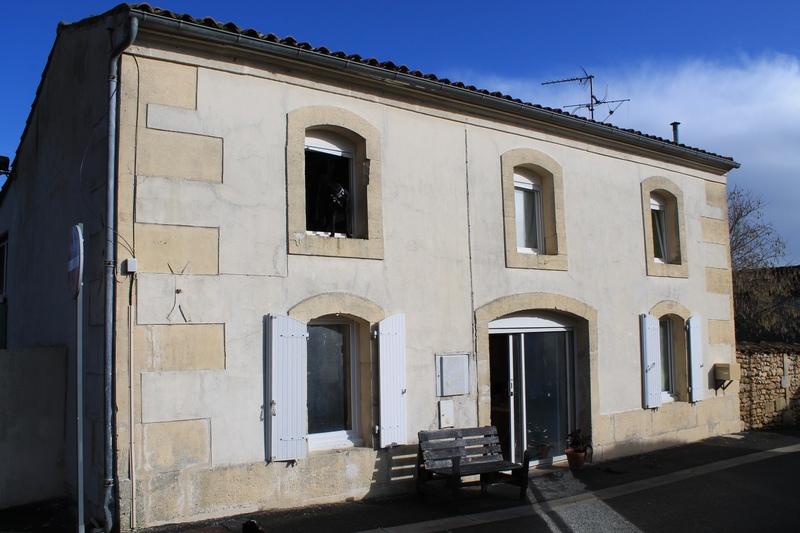Maison en pierre de 94  m2 - Cognac (16100)