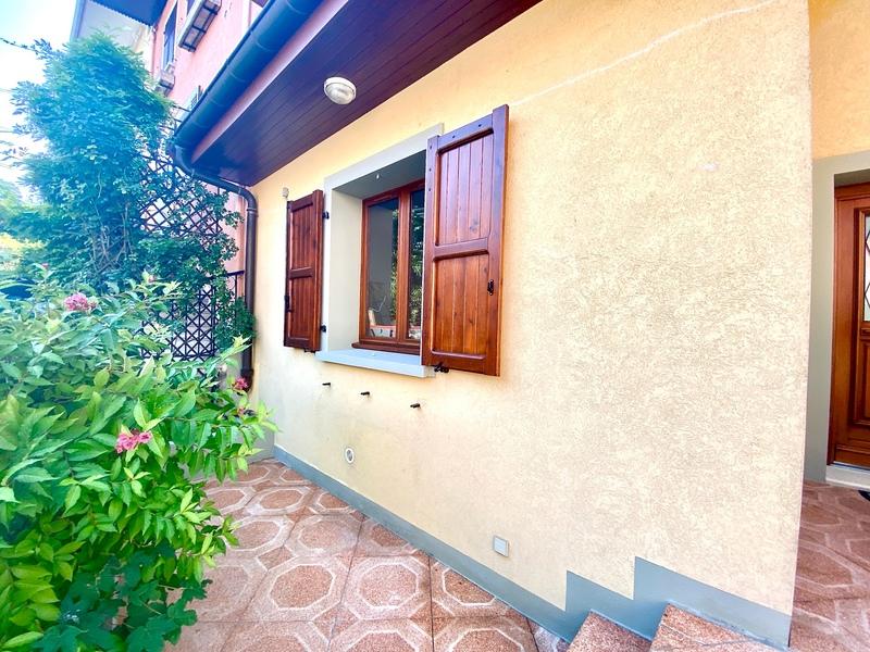 Appartement en rez-de-jardin de 66  m2 - Rumilly (74150)