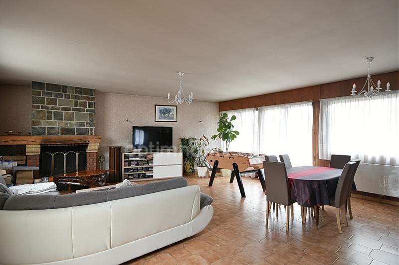 Maison de 212  m2 - Clamart (92140)