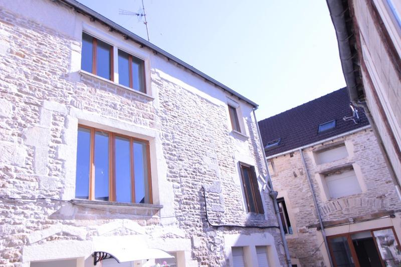 Duplex de 70  m2 - Is-sur-Tille (21120)