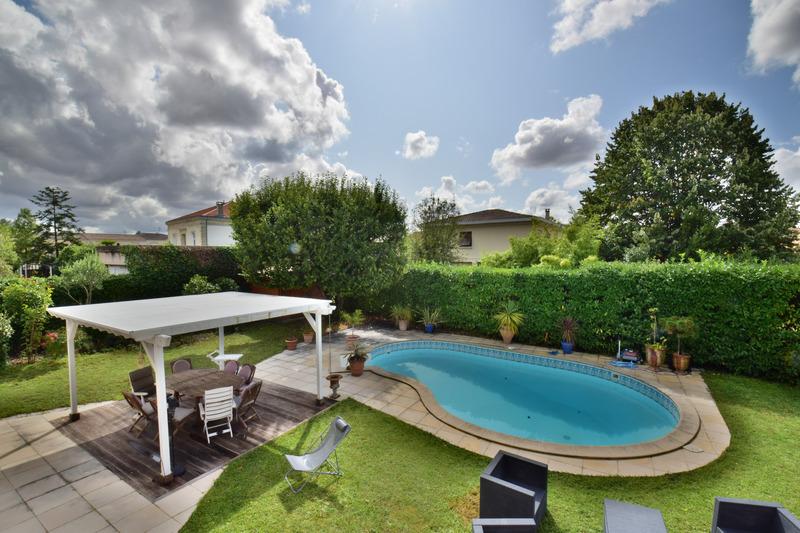 Maison de 223  m2 - Le Bouscat (33110)