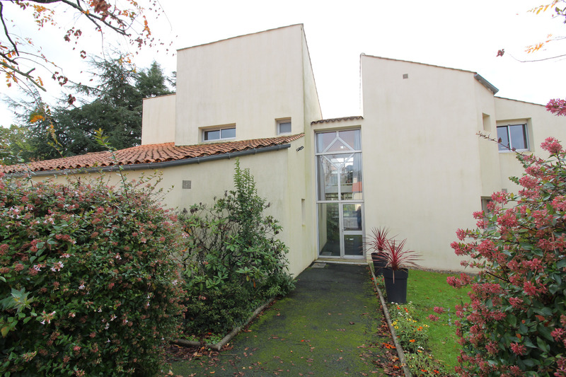 Maison de 80  m2 - La Roche-sur-Yon (85000)