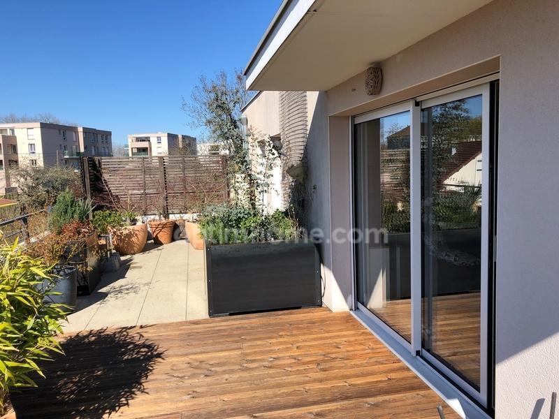 Appartement en résidence de 85  m2 - Besançon (25000)