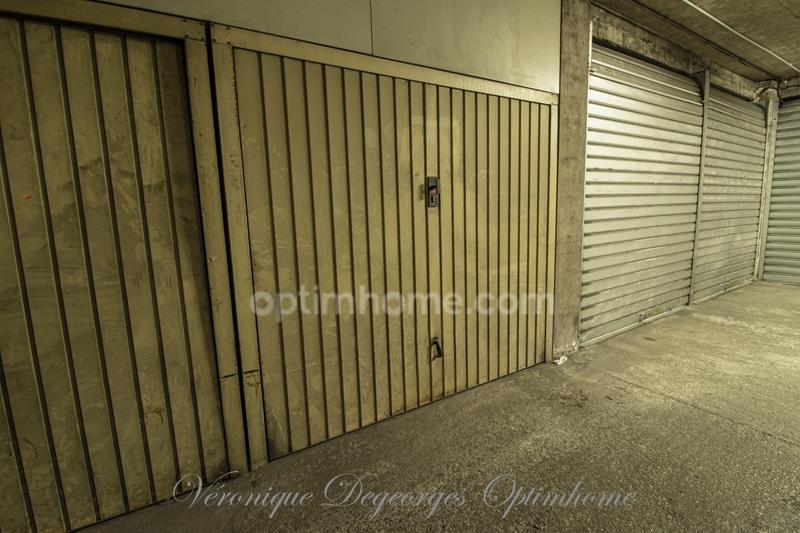 Garage (Stationnement) de   m2 - Marseille (13015)
