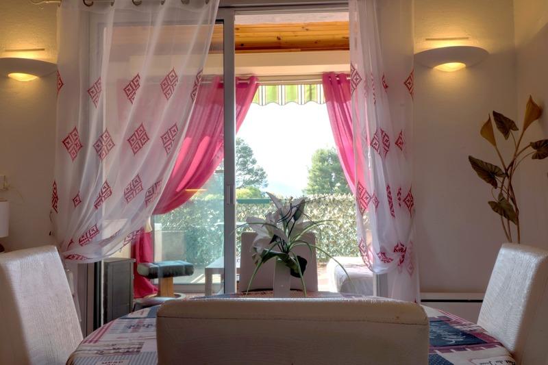 Appartement en résidence de 47  m2 - Saint-Cyr-sur-Mer (83270)