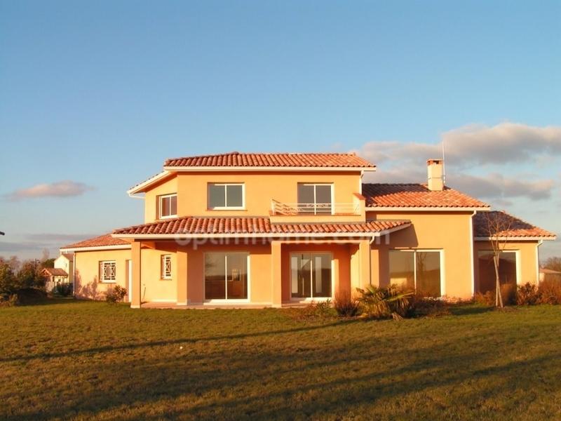Maison de 191  m2 - Lévignac (31530)