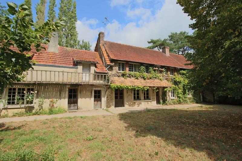 Maison de 270  m2 - Rambouillet (78120)