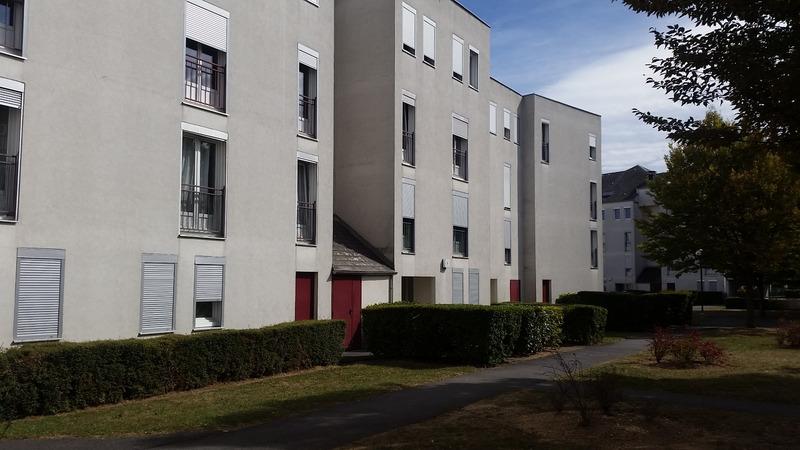 Appartement rénové de 75  m2 - Reims (51100)