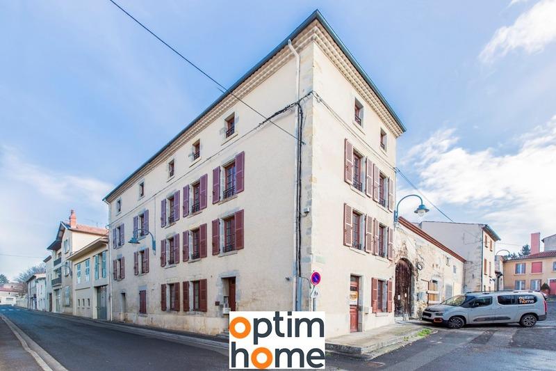 Maison de 155  m2 - Billom (63160)