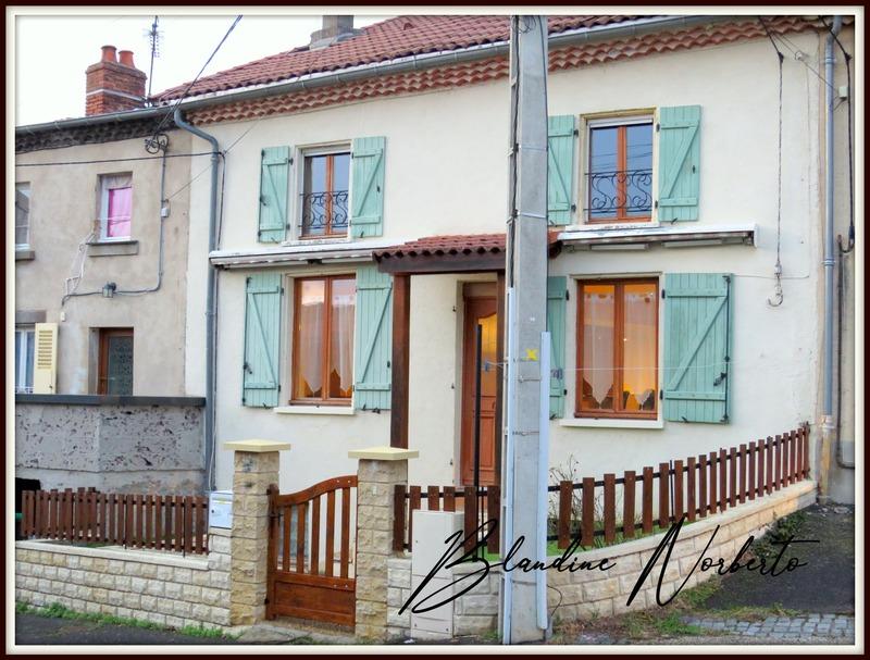 Maison de village de 88  m2 - Vertaizon (63910)