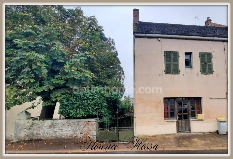 Maison de village de 101  m2 - Saint-Bonnet-de-Joux (71220)