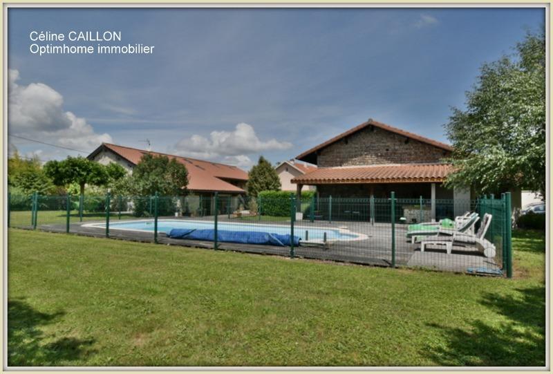 Ferme de 214  m2 - Bourg-en-Bresse (01000)