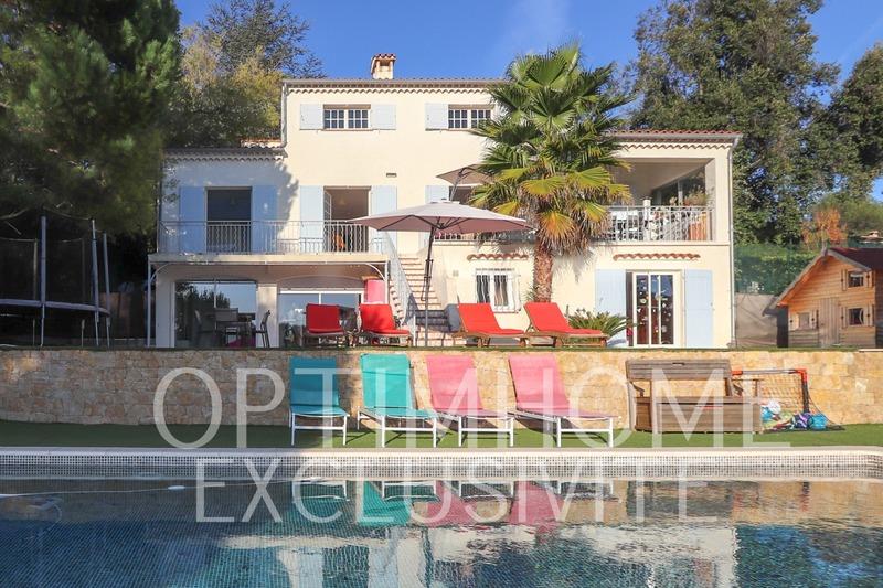Villa de 300  m2 - Roquefort-les-Pins (06330)